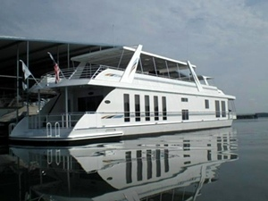 Standard Houseboat